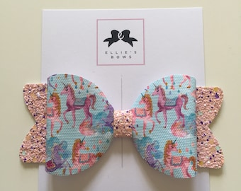 Magical unicorn kingdom bow