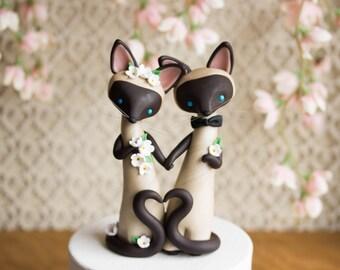 Siamese Cat Wedding Cake Topper by Bonjour Poupette