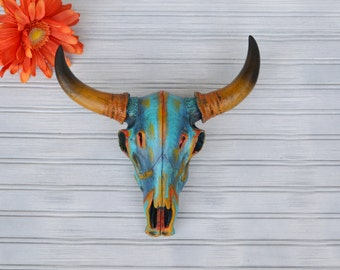 Faux Cow Skull. Cow Skull. Faux Taxidermy. Large Cow Skull Head. Animal Head. Skull Decor. Cow Skull Decor. Wall Decor. Wall Hangings