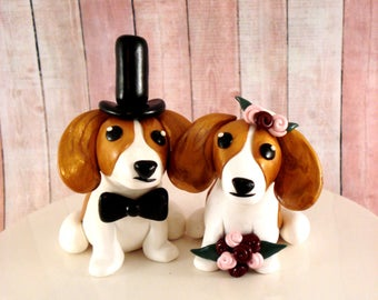 Beagle Wedding Cake Topper, Bride and Groom, Dog Wedding Decoration, Cake Decoration, Beagle Cake Topper, Pet Wedding Topper, Beagle Wedding