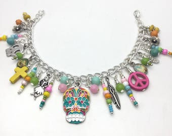 Sugar skull bracelet, day of the dead statements, womens skull bracelet, sugar skull jewelry, skull charm bracelet,
