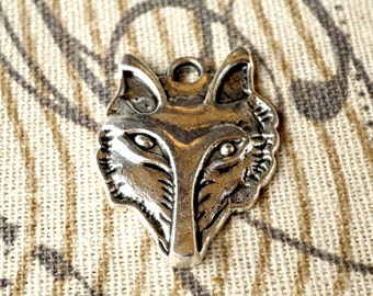 Fox face 2 charms vintage style jewellery supplies C103
