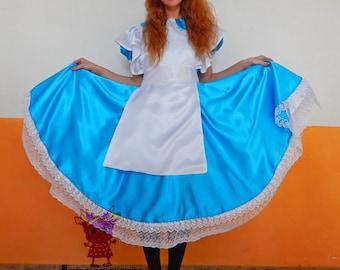 Alice in Wonderland. Animator-actor suit/Cosplay/Masquerade costume