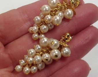 Avon Vintage Pearl Cluster Dangle Pierced Earrings