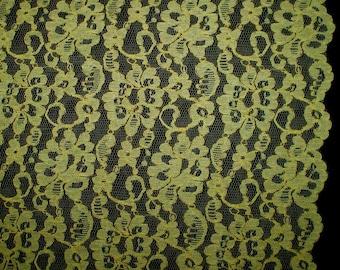"""Vintage 60s Yellow Lace Fabric Yardage 43"""" x 205"""" 5+ yards"""