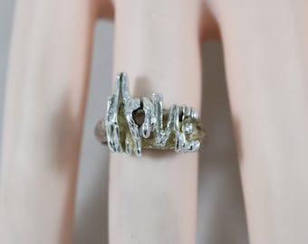 Silver Love Word Band Ring Size 5.75 4.7g