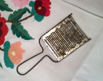vintage grater small
