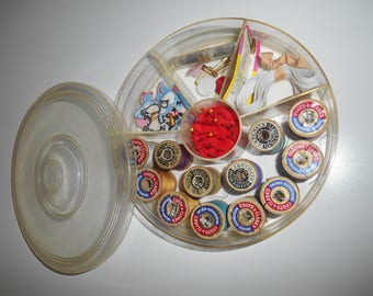 Best USA Thread Box - Sewing Kit 1940s or earlier!