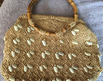 Vintage 1950s-60s It's In The Bag made in Japan Exclusively for Ritter Kitsch Straw Bag w Seashells and Round Bamboo Handles