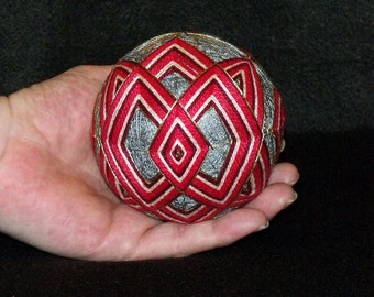 Japanese Temari Ball-Intrigue pattern-Japanese String Art-Home Decor-Hand Stitched-Embroidery Ball-OFG Team