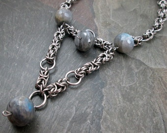 Chainmaille Necklace - Stainless Steel - Byzantine Weave - Labradorite Gemstone - Chainmail Jewelry - Wedding Necklace - Gemstone Necklace