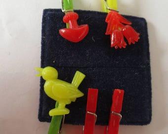 Set of 5 clothespins which 3 decorated (bird, flower, mushroom)