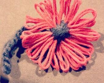 Handgemaakte Handknit bloemen - het perfecte accessoire - net op tijd voor de lente