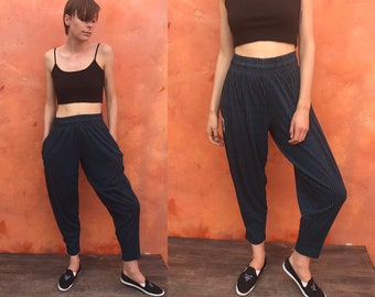 Vintage 1980s 1990s High waisted baggy knit weight lifter pants. Weightlifter pants. Teal blue and black stripes. tomboy pants baggy pants