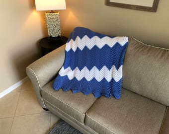Berry Blue and White Ripple Afghan