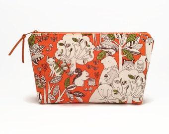 Makeup bag, Makeup zipper pouch, Cute zipper pouch, Toiletry bag, Makeup bag, Cosmetic bag, Forest animals, Makeup storage, Cute makeup bag