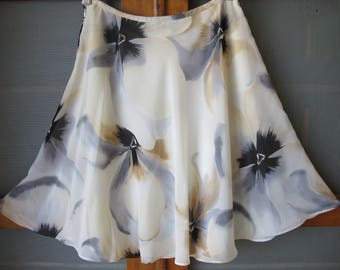 Gorgeous Vintage Watercolour Chiffon George Cross Flirty Mini Skirt