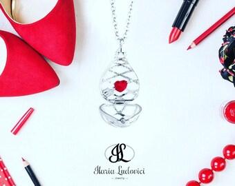 Secret Drop necklace with heart, a gift of love secret.