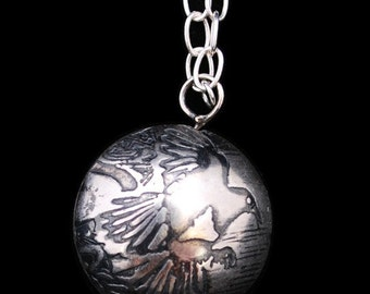 Large Sterling Magpie Capsule Pendant