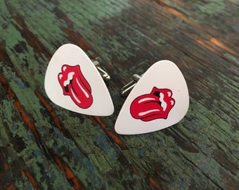 Rolling Stones guitar pick cufflinks / Bucks party /Personalized cufflinks / Grooms cufflinks / Custom cufflinks / Boutons de manchette