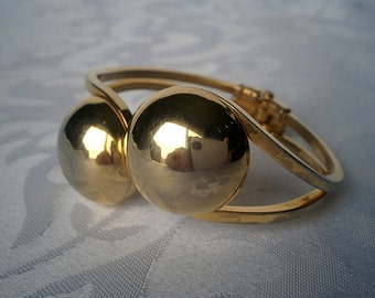 Retro Gold Spring Hinge Cuff Bracelet, Gold Tone Bracelet, Gold Bracelet, Hinged Bracelet, Bracelet, Gold Bracelet
