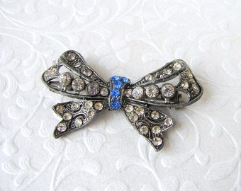Sweet Bow Brooch Rhinestone Costume Jewelry Something Blue Sapphire Wedding Gown Sash Bouquet Pin Antiqued Silver Tone Setting Hat Lapel