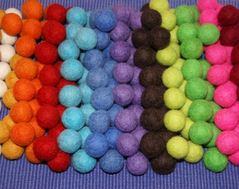 Felt Balls 100pcs. mixed colors, Felt Beads, Pom Poms, Wool Beads , Sizes 1.0 cm, 1.5 cm, 2.0 cm, 2.5 cm,