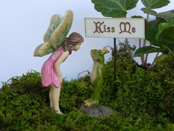 Kiss me like prince