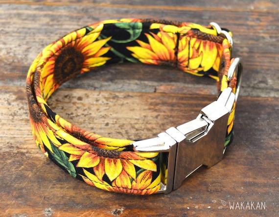 Sunflowers dog collar adjustable. Handmade with 100% cotton fabric. Flower pattern, sun. Wakakan