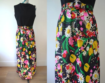Vintage 1970s Floral Maxi Dress - Sleeveless with Belt - Black Yellow, Pink, Red, Green Daisies, Tulips Spring Easter Dress