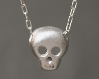 Skull Necklace in Sterling Silver UNISEX