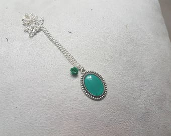 Green rose shaped oval cabochon and a Pearl Necklace