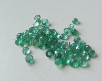 2 Genuine emerald stones 2mm
