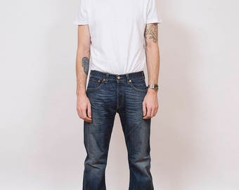 Vintage Levi's 501 Dark Blue Denim Jeans 31/32 - www.brickvintage.com
