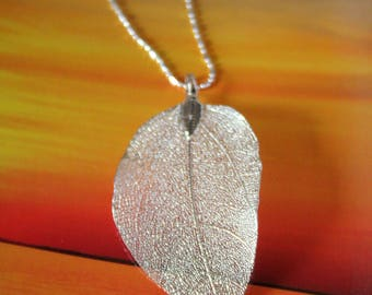 Lacey Silver Leaf Pendant on Decorative Chain Necklace