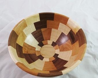 Small tri-color segmented bowl