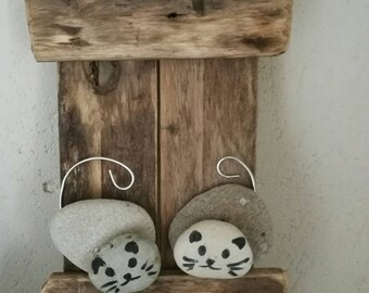 Frame in Driftwood with two cats in Pebble