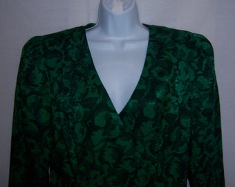 Vintage Raul Blanco Black Emerald Green Floral Flower Print Pattern Silk Dress 12 Pleated