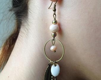 Bronze earring, Pearl and enamel