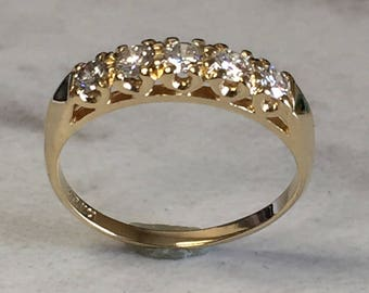 14kt Yellow Gold Ladys' Diamond Wedding/Anniversary Band that is Very Affordable.