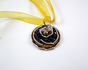 Coffee color capsule necklace black and pink gold