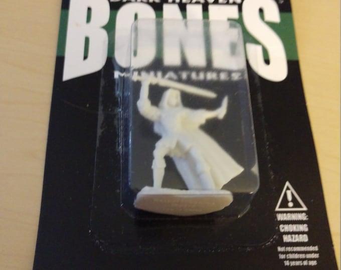 Danar, Male Assassin - 77030 - Reaper Miniatures