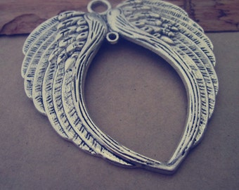 2pcs of Antique silver wings pendant charm 65mmx73mm