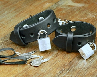 Lockable Leather Handcuffs with Karabiner · BDSM Gear · Black Saddle Leather, unstitched · Hand-made · Luxury Quality