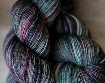 "Sock yarn - 75/20/5 SW Merino/Nylon/Stellina - Autocorrect - ""A Dime A Dolphin"""