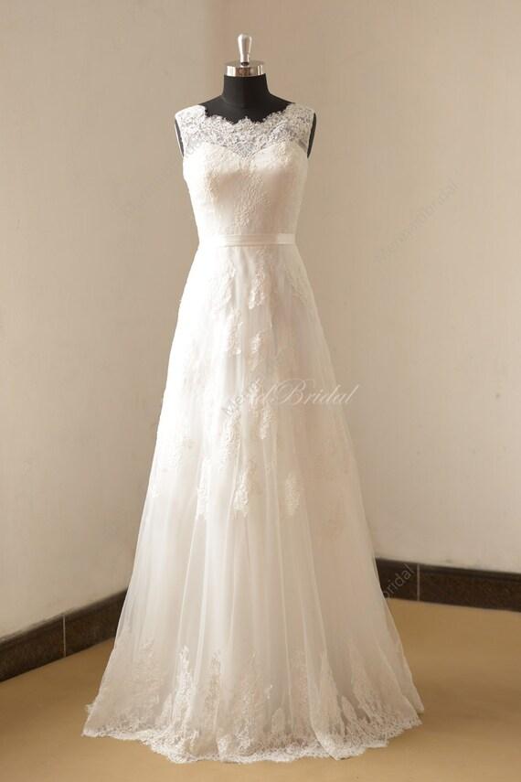Elfenbein eine Linie Spitze Brautkleid