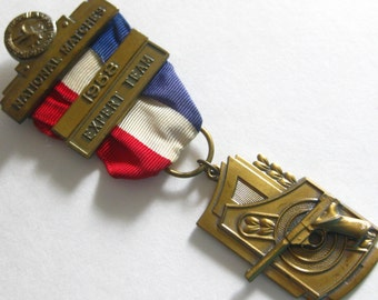 1958 National Rifle Association NRA Medal Expert Team Vintage Free Shipping