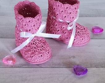 Baby girl boots Baby girl booties Summer baby shoes Baby booties Infant booties Pink baby booties Knitted baby shoes Baby shower gift