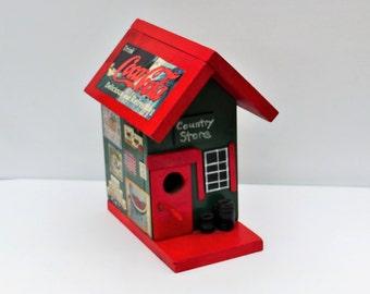 Hand Made Bird House, Nesting Bird House, Wooden Bird House, Garden OutDoor Decor, Great Garden Lover Gift!