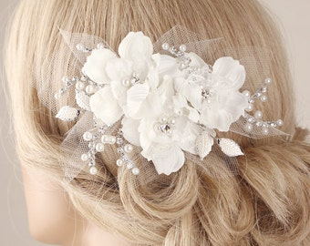 Bridal hairpiece, flower hair clip, Bridal hair clip, flower hair piece, lace hair accessory, wedding headpiece, wedding hair clip